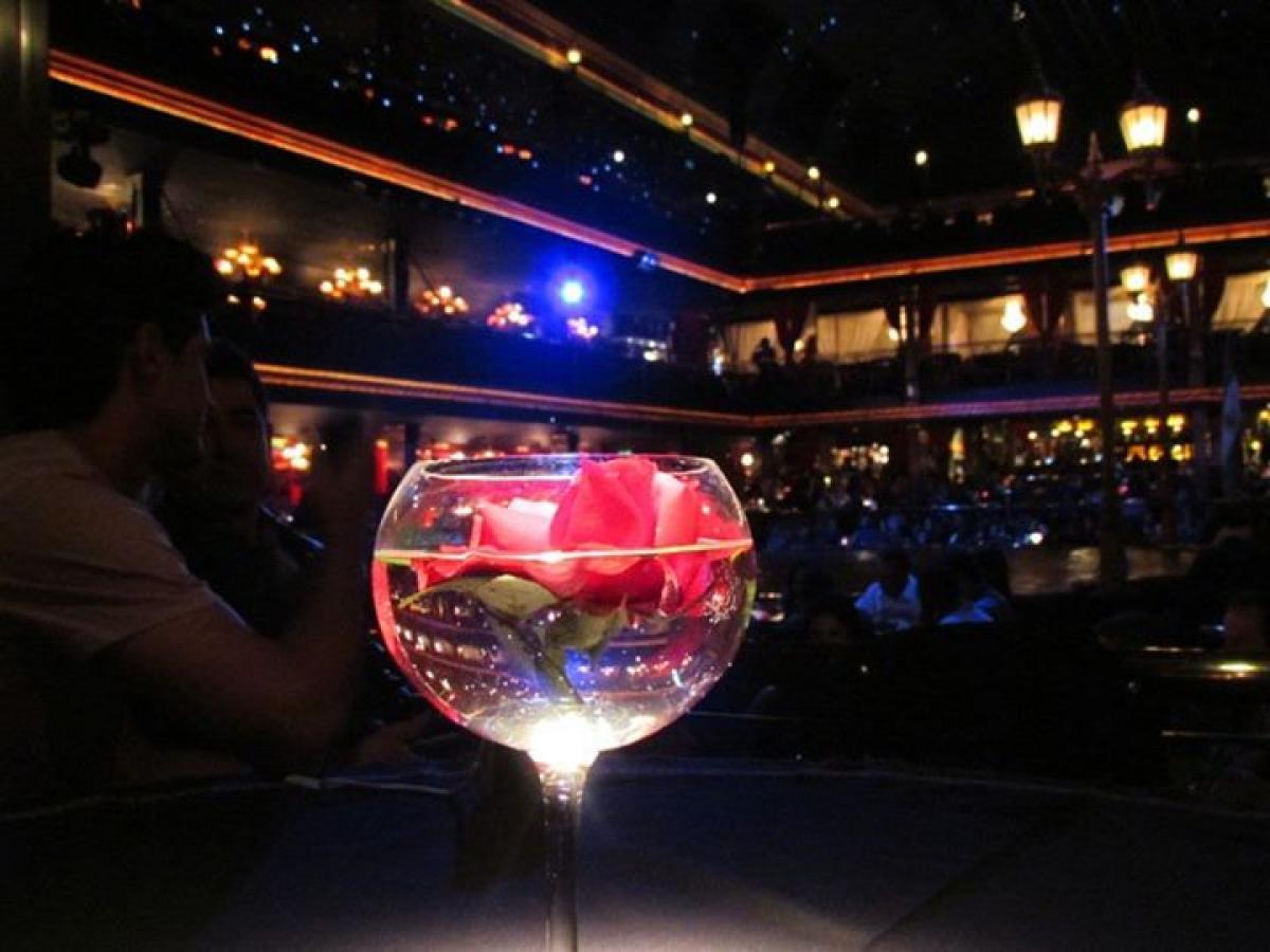 Separe uma noite para curtir um show de tango em uma tangueria