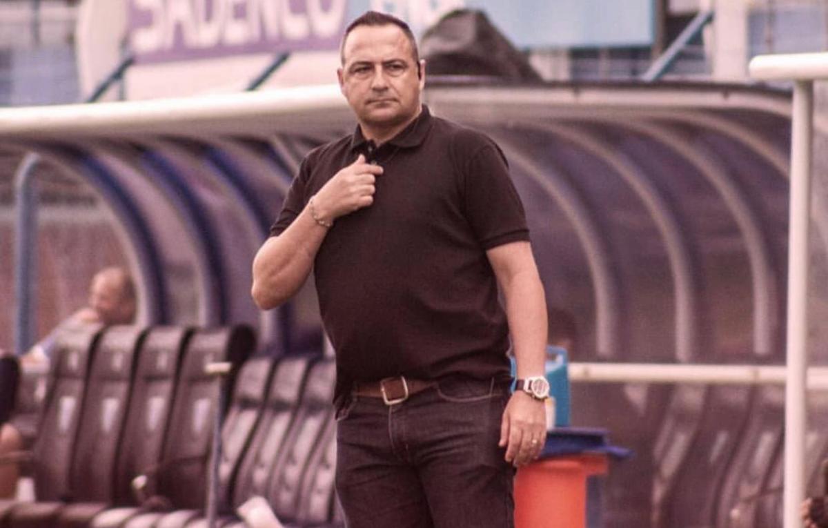 Paulo Foiani é o novo técnico do Gipão. Arte: Sergipe