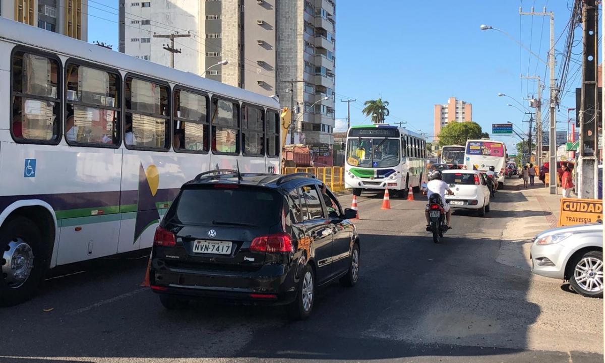 Trânsito é modificado na capital enquanto obras são realizadas. Foto: Saullo Hipolito/ F5 News
