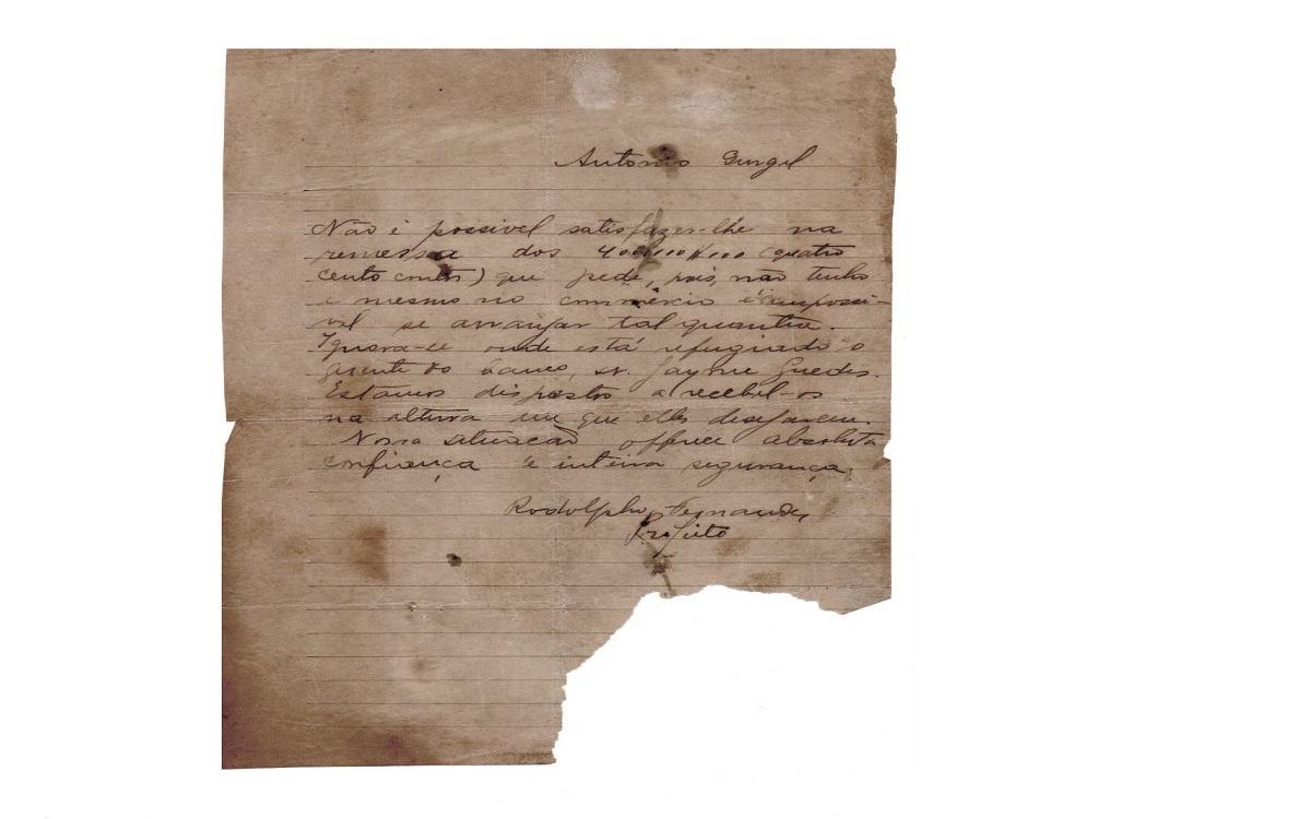 Carta escrita pelo prefeito de Mossoró em 1927 (Foto: Robério Santos)