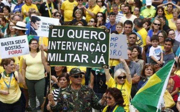 NA RESSACA DO CARNAVAL O DESENHO DA REPUBLIQUETA