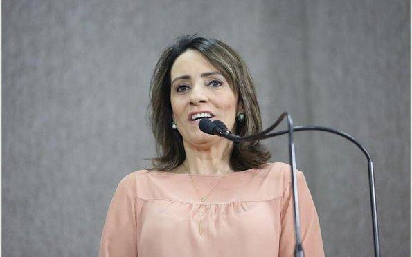 Emília sobre disputar a Prefeitura de Aracaju: