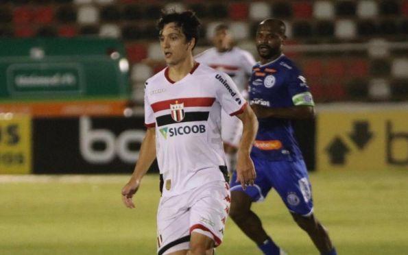 Em noite de Ronald, Confiança perde por 2 a 0 para o Botafogo