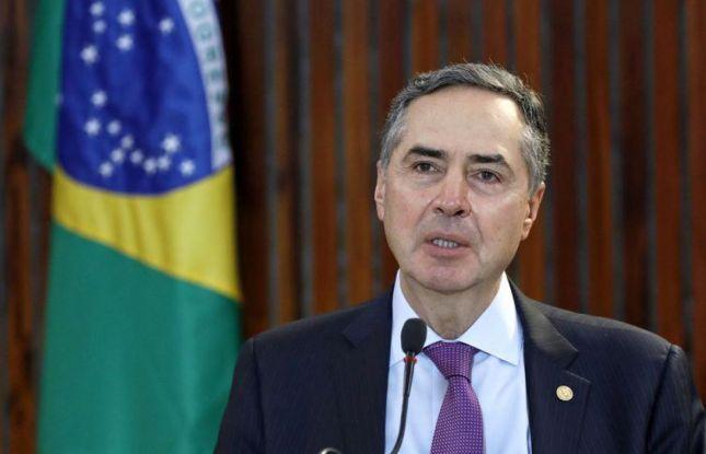 TSE: em pronunciamento, Barroso pede cuidado com pandemia e fake news