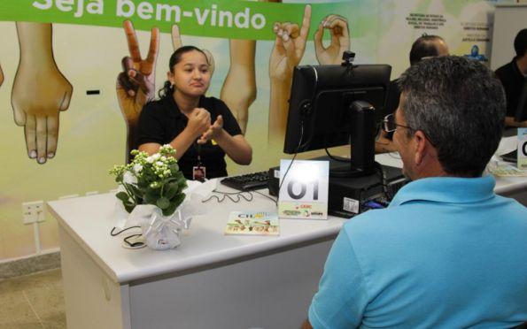 Central de Libras funcionará temporariamente na Secretaria da Inclusão