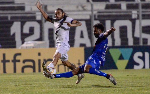 Confiança faz um gol e leva a virada da Ponte Preta pela Série B