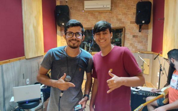 Gustavinho Playboyzinho fará participação na Live de Alisson Lima