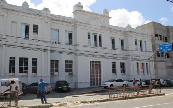 Hospital de Cirurgia encerra oficialmente parte dos leitos de Covid-19