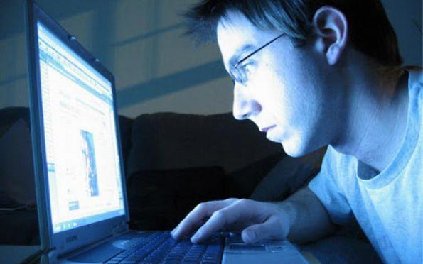 Procon alerta sobre direitos do consumidor em compras virtuais