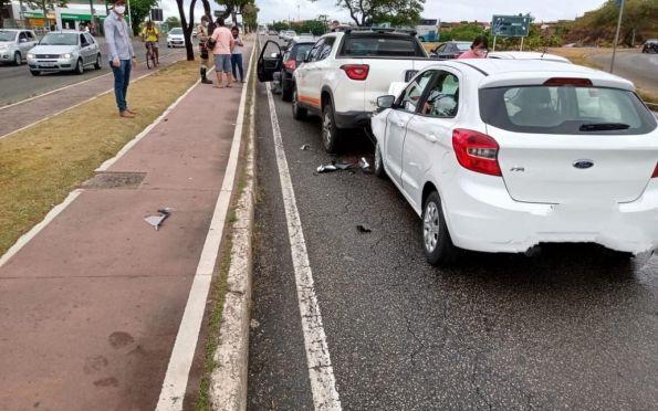 Com tempo instável, sexta-feira é marcada por acidentes em Aracaju