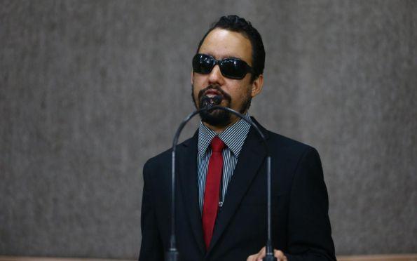 Lucas Aribé pede retorno gradual da meia passagem em Aracaju