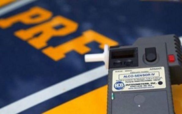 Frei Paulo: PRF flagra na BR-235 motociclista inabilitado e embriagado