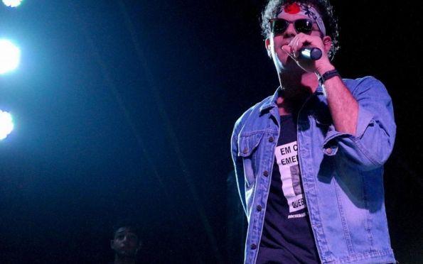 """Turnê """"Tributo a Cazuza"""" com Valério Araújo (RJ) tem shows em Sergipe"""