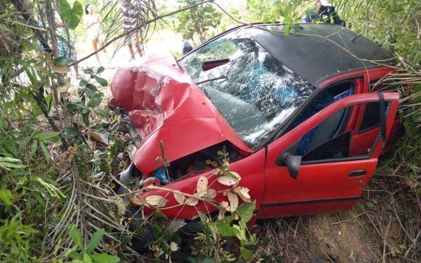 Acidente deixa uma pessoa morta e três feridas no sul de Sergipe
