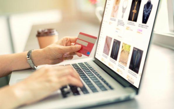 Comércio eletrônico em lojas sergipanas apresenta crescimento de 130% em 2020