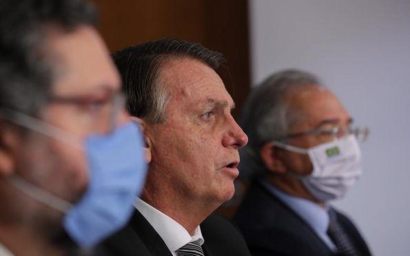 Jair Bolsonaro confirma mudanças no comando de seis ministérios; confira