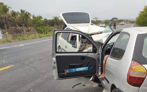 Acidente grave na rodovia SE-100 deixa sete pessoas feridas