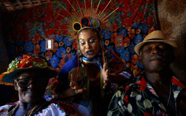 Jaque Barroso lança clipe 'Banho de Quilombo' exaltando a cultura sergipana
