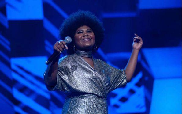 Sergipana Nethynha Bardo está na final do Cante Comigo, da Record