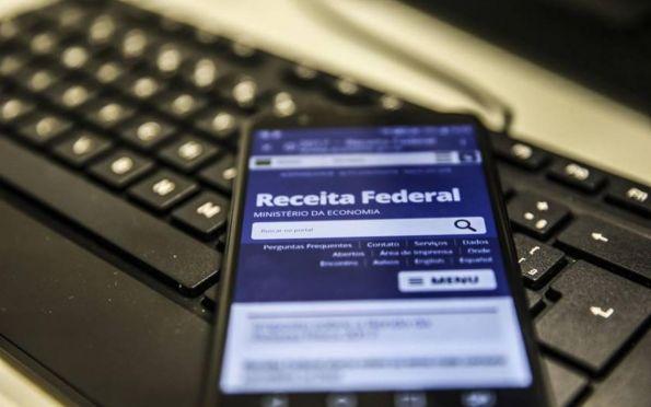 Receita paga hoje restituições do terceiro lote do Imposto de Renda