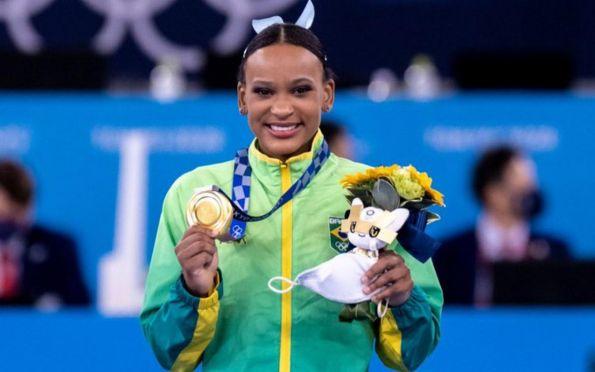 Tóquio: Rebeca Andrade será porta-bandeira do Brasil no encerramento