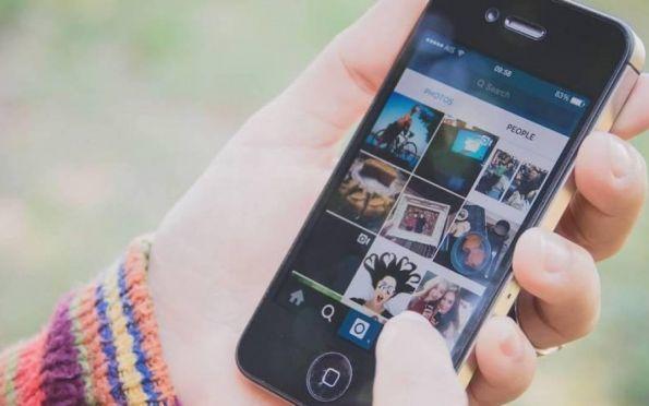 """A dependência de pessoas e empresas das redes sociais: """"A internet parou"""""""