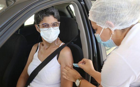Brasil tem 56,2% da população com 12 anos ou mais imunizada