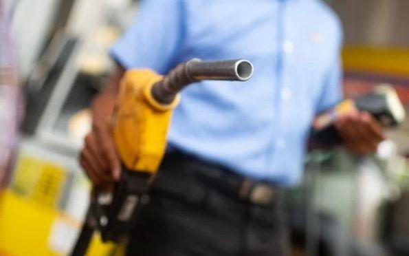 Governadores pretendem ir ao STF contra mudança no ICMS dos combustíveis