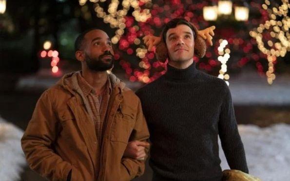 Netflix anuncia seu primeiro filme de Natal com protagonistas gays