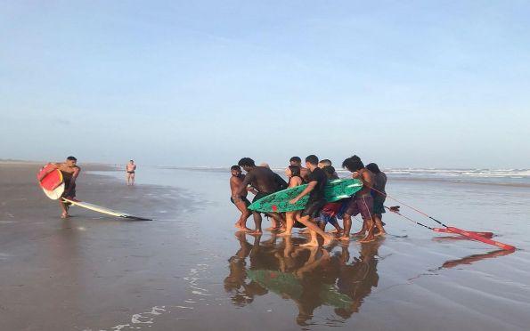 Paraquedista morre após salto em praia na zona sul de Aracaju