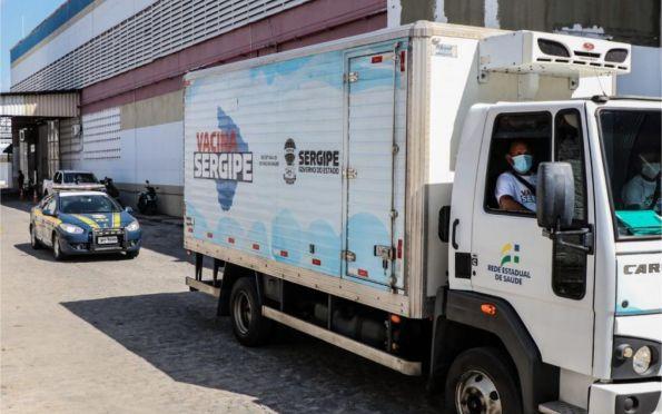 Saúde de SE distribui mais de 92 mil vacinas contra Covid nesta quarta
