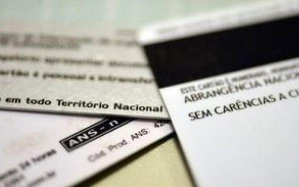 ANS suspende temporariamente a venda de 56 planos de saúde