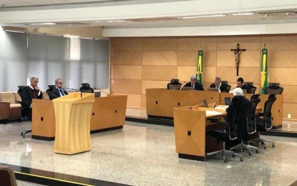 Conceição na primeira sessão após restabelecimento do cargo. Foto: TCE-SE