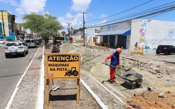 Trecho de avenidas em obras continuam com interdições neste sábado