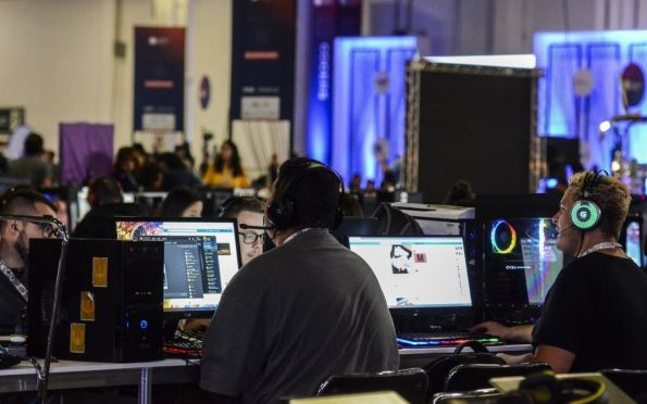 Faculdade lança 29 cursos gratuitos para público interno e externo