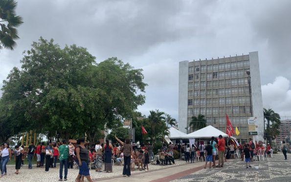 Servidores estaduais protestam no centro de Aracaju. Fotos: Will Rodriguez/F5 News