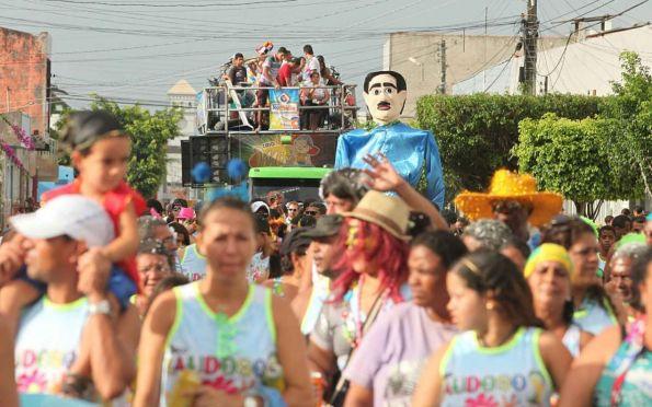 Carnaval anima interior de Sergipe com bloquinhos e festas tradicionais