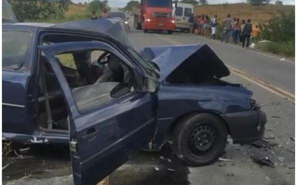 Uma pessoa morre e seis ficam feridas após colisão em rodovia estadual