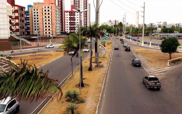 Vias em obras continuam com interdições no trânsito nesta sexta