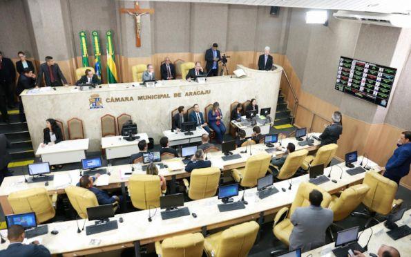 Sindicatos criticam mudança na verba parlamentar da Câmara de Aracaju