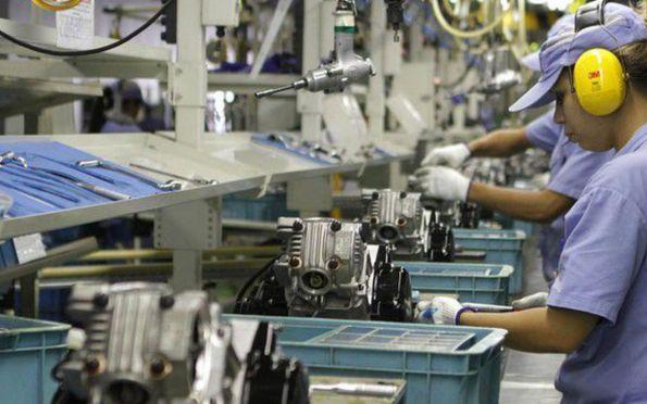 Produção industrial cresce 0,5% de janeiro para fevereiro