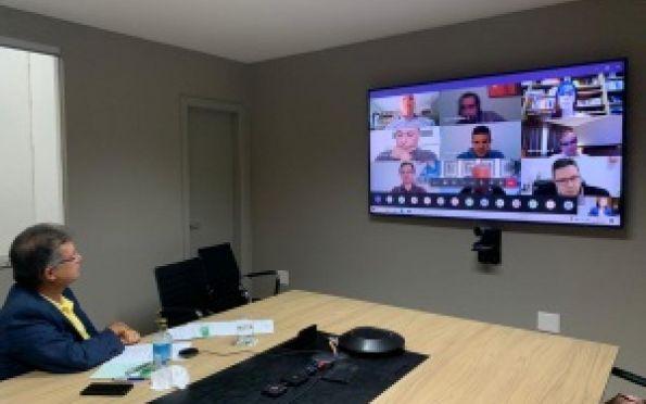 Laércio participa de reunião sobre manutenção dos empregos
