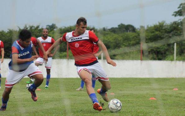 Freipaulistano anuncia Lopeu, ex-América (RJ), como terceiro reforço