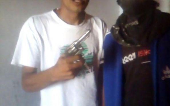Polícia Civil busca suspeito que aparece armado em vídeo de ameaça