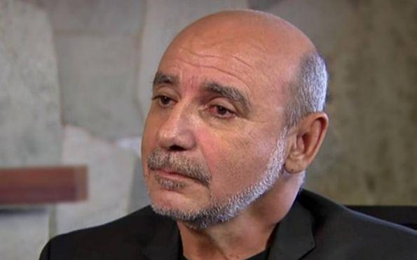 Presidente do STJ decide colocar Queiroz e mulher em prisão domiciliar