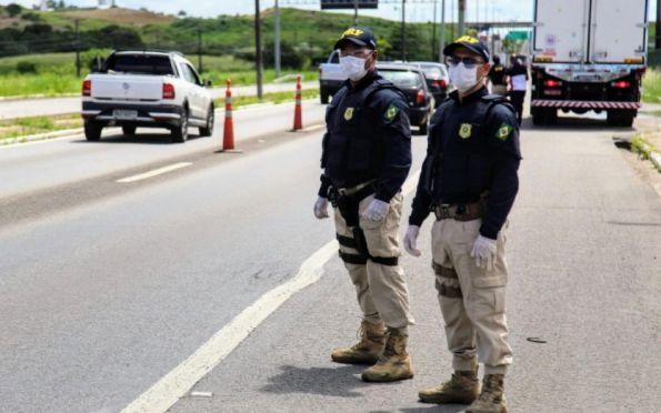 PRF flagra motoristas embriagados nas rodovias federais de Sergipe