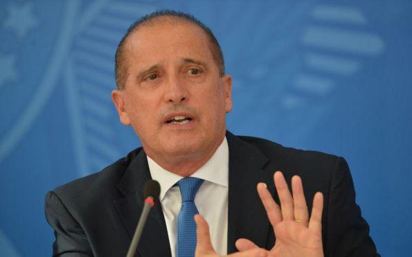 Ministro Onyx Lorenzoni diz que está com covid-19 e toma cloroquina