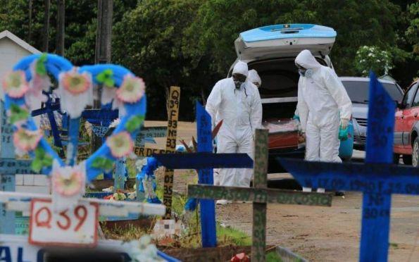 Brasil ultrapassa a marca de 100 mil mortes pela covid-19