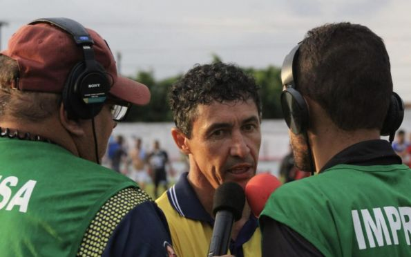Técnico Betinho anuncia fim de ciclo após último jogo do Freipaulistano