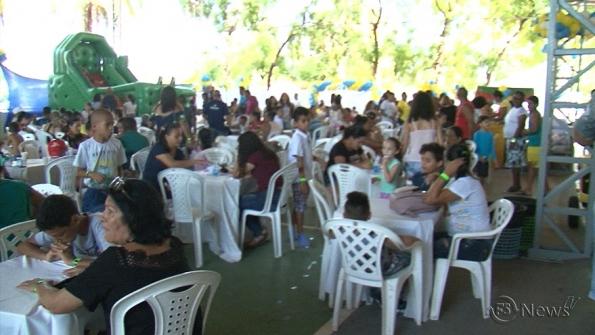 Grupo Multserv reúne filhos de colaboradores em festa de Natal